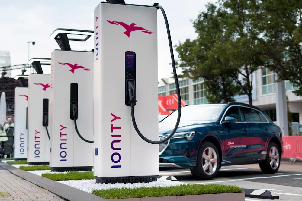 Recharger son véhicule électrique : Bientôt plus cher qu'un plein d'essence !